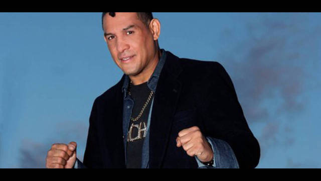 INhectorcamacho24nov_2012-11-24 09_37_31_31439805