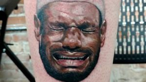 NBA: Fan de Michael Jordan se tatuó a ¡crying LeBron!