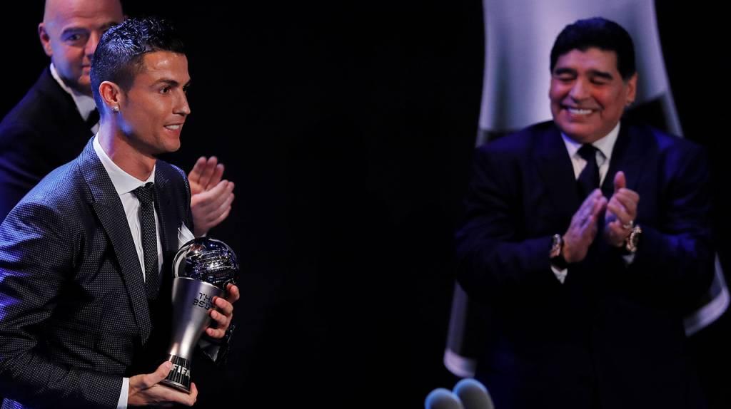 """Diego Maradona: Cristiano Ronaldo se despidió de un """"mago sin igual"""""""